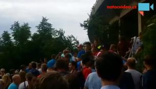 Poslední zápas pana Švancary zažil nápor fanoušků!Stadion praskal ve švech!