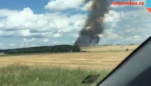Na Třebíčsku hořelo pole s obilím! Kouř stoupal metry vysoko!