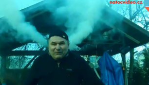 VIDEO DNE: Jarní úklid způsobil přehřátí hlavy! Kouř se valil z obou uší!