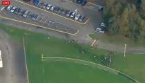 Sledovali jsme živě! Střelba na škole ve státě Washington!