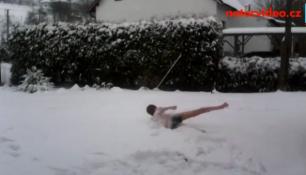 VIDEO: Sníh padá na Moravě, meteorologové varují před kalamitou