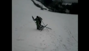 VIDEO DNE: Talent roku na lyžáku!
