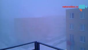 POŘÁDNÁ VÁNICE, MÍSTY BÍLÁ TMA! Takové počasí zastihlo v neděli Česko!